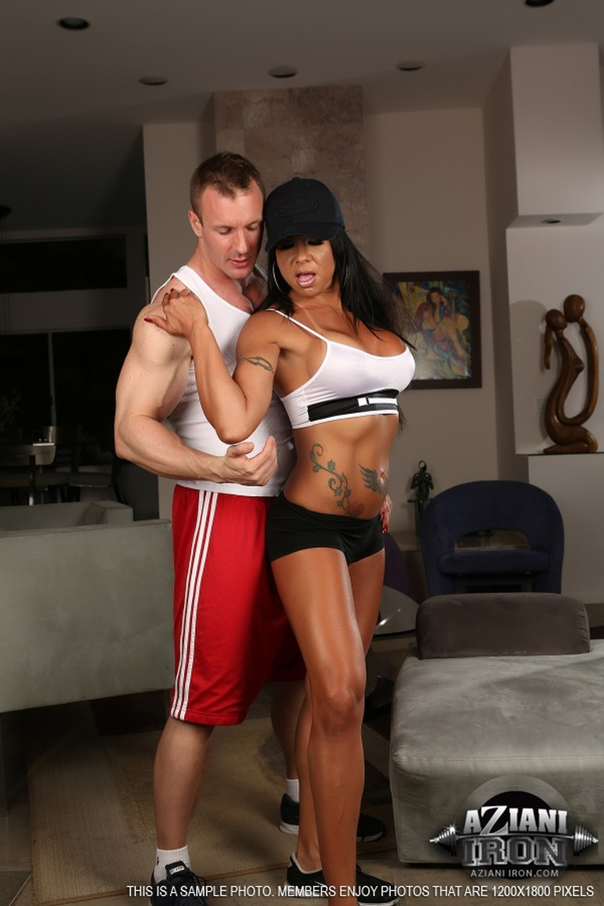 Aziani Iron - Viana Milian, Fit babe Viana Milian, Fitness babe, Viana Milian, hardcore, couple, Aziani Iron, FBB, female bodybuilders, fitness models, muscle posing photos and videos