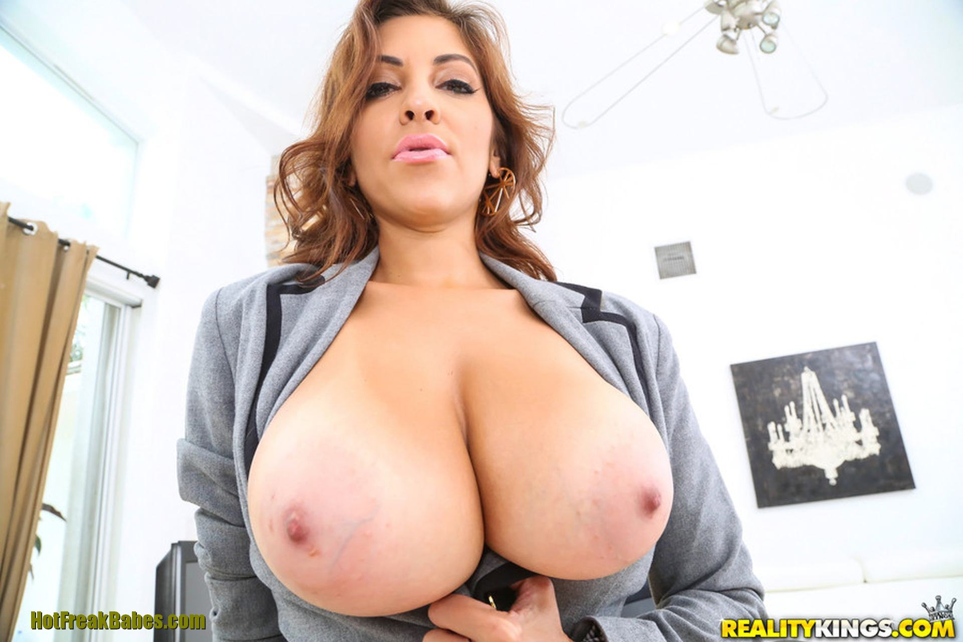boss natural tits