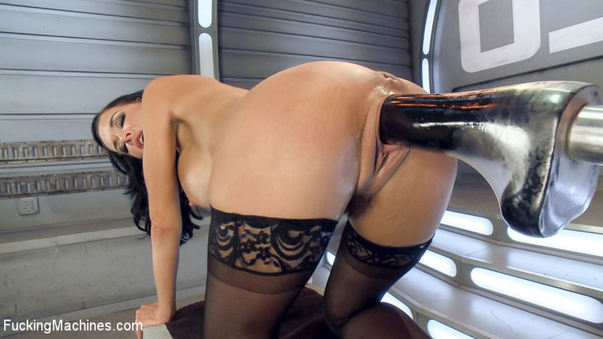 Fucking machines veronica avluv