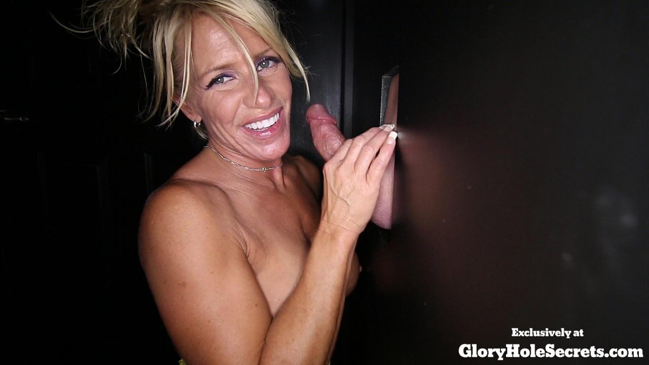 muscular women facials porn