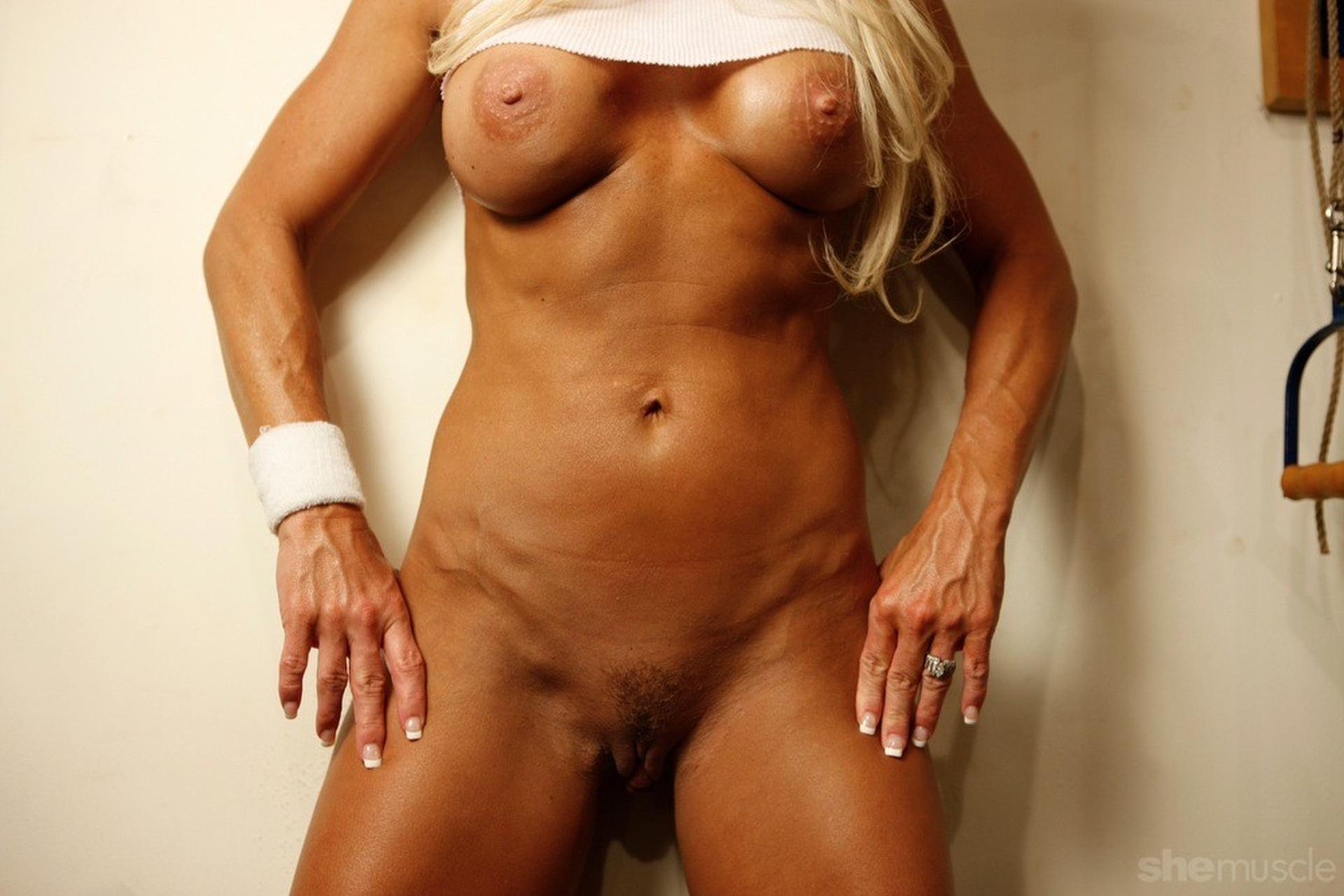 hd nudist girls dark rooms
