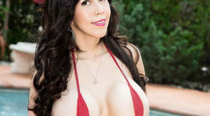 Sweet Bikini Girl Vee VonSweets!